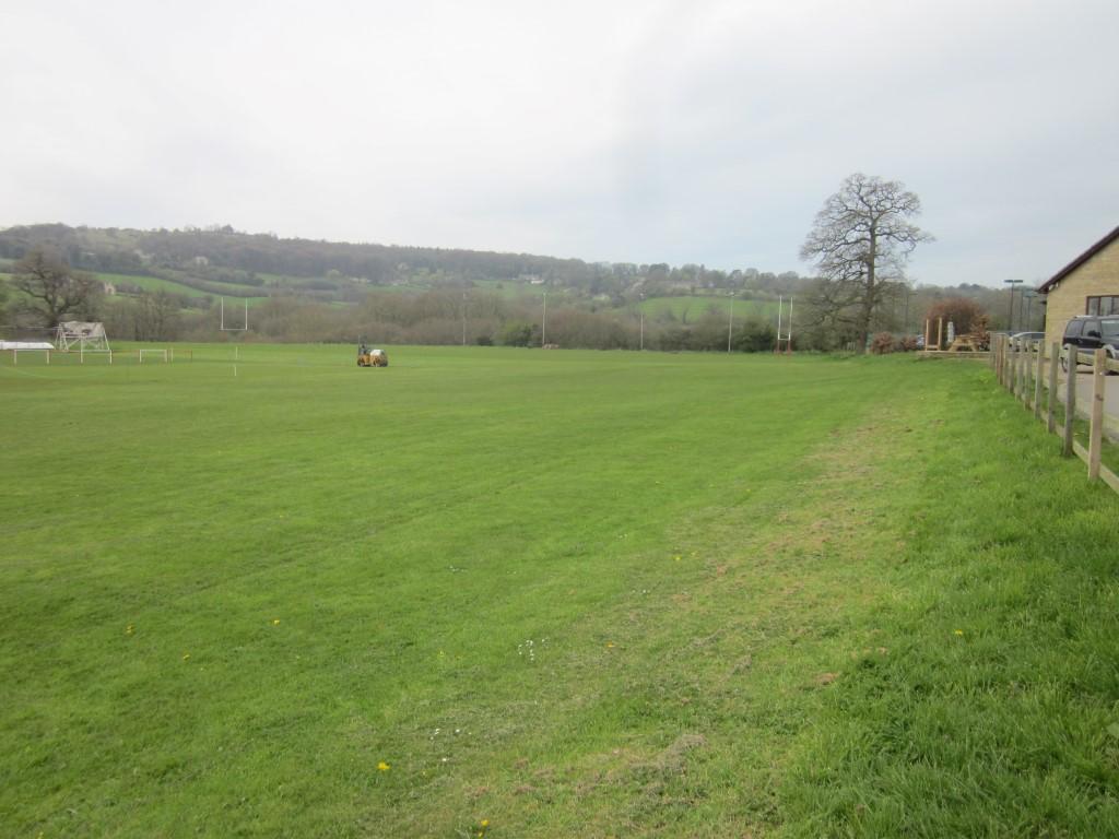 Broadham Fields (01-08) - Entrance & Driveway